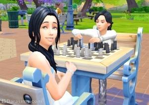 дети играют в шахматы в the sims 4