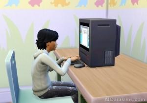 сим за компьютерными играми