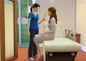 Врач ставит диагноз пациенту в Симс 4