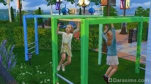 Дети на игровой площадке в Симс 4