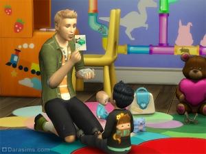 Малышу показывают дидактические карточки в Симс 4