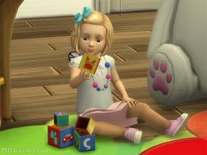 Малыш с обучающими кубиками в Симс 4