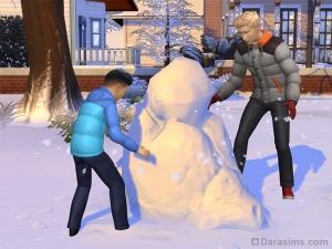 Ребенок строит снеговика в Симс 4