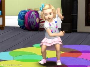 Малышка танцует в Симс 4