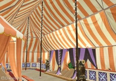 Сцена в шатре