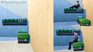 Двухъярусная кровать в углу